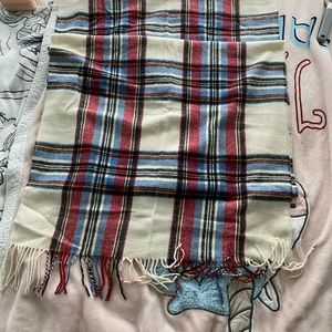 Scarf from Roots